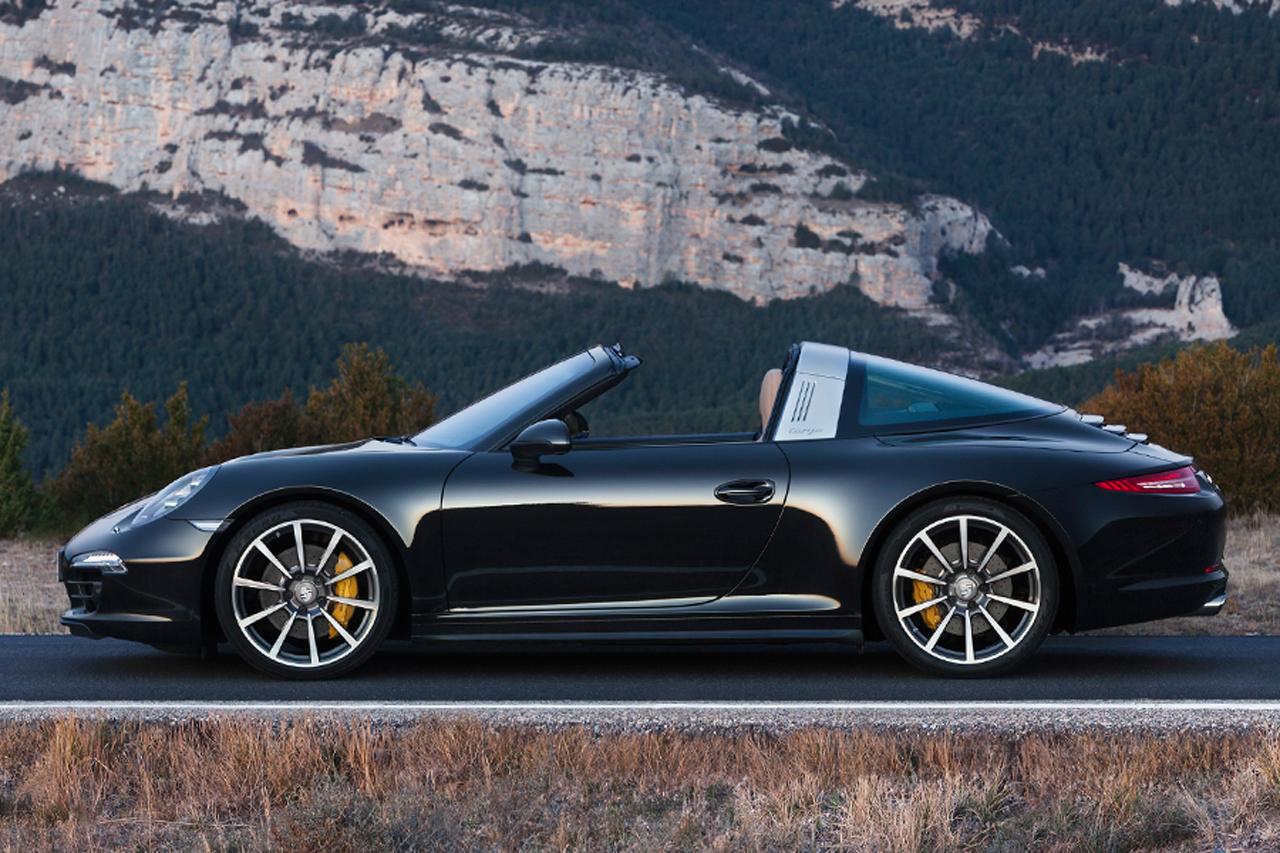 Porsche Takes Top Off 2017 911 Targa 4 And 4s