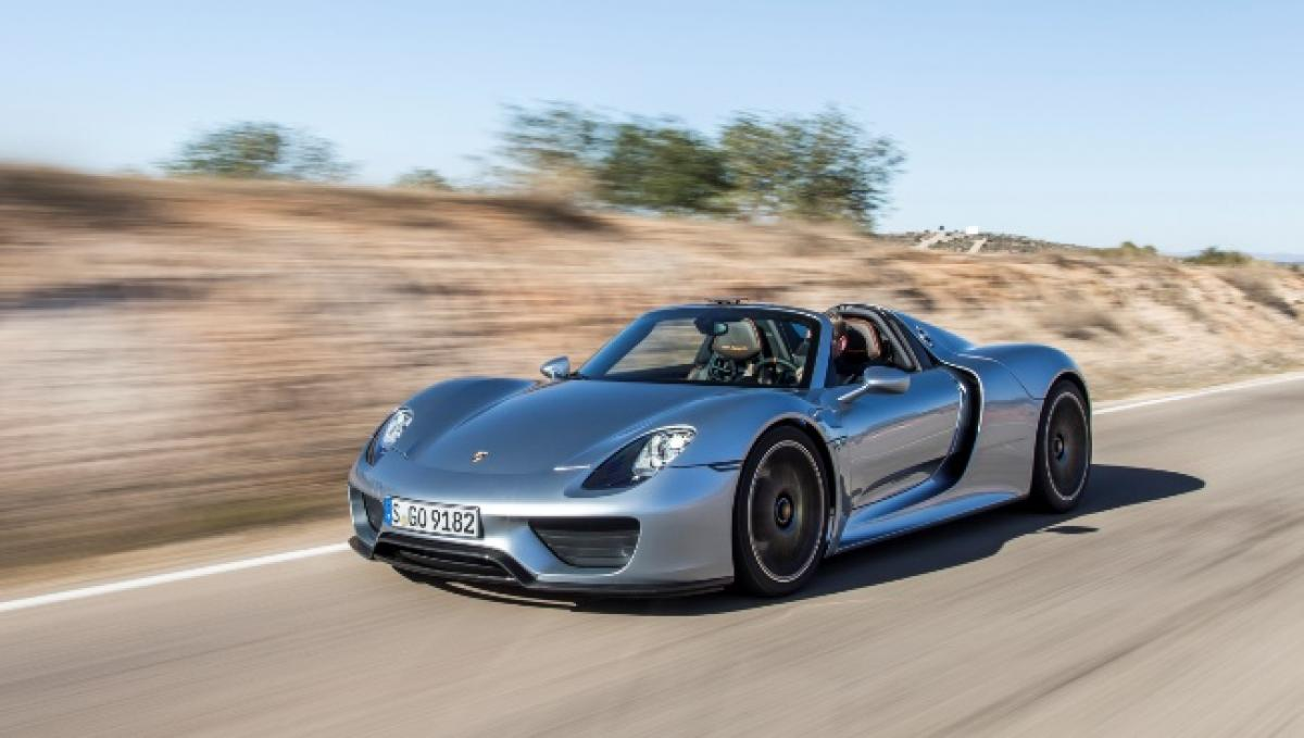 Robb Report Names 918 Spyder 2015 Car Of The Year Porsche Club Of