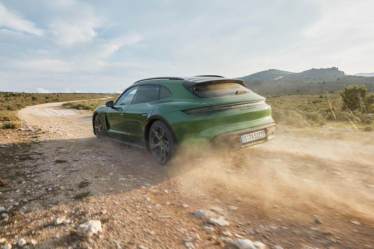 New 2022 Taycan Cross Turismo takes Porsche's electric car off road [w/video]