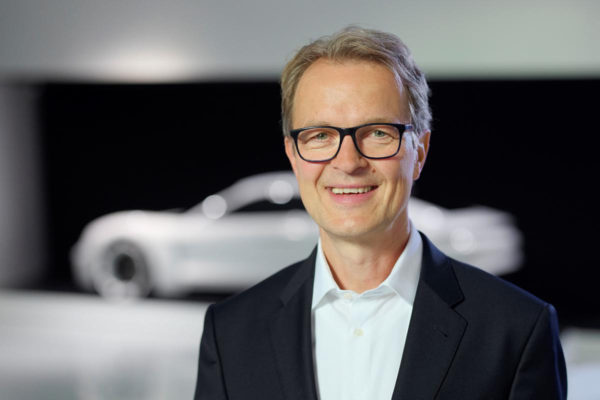 photo of Kjell Gruner to replace Klaus Zellmer as President and CEO of PCNA image