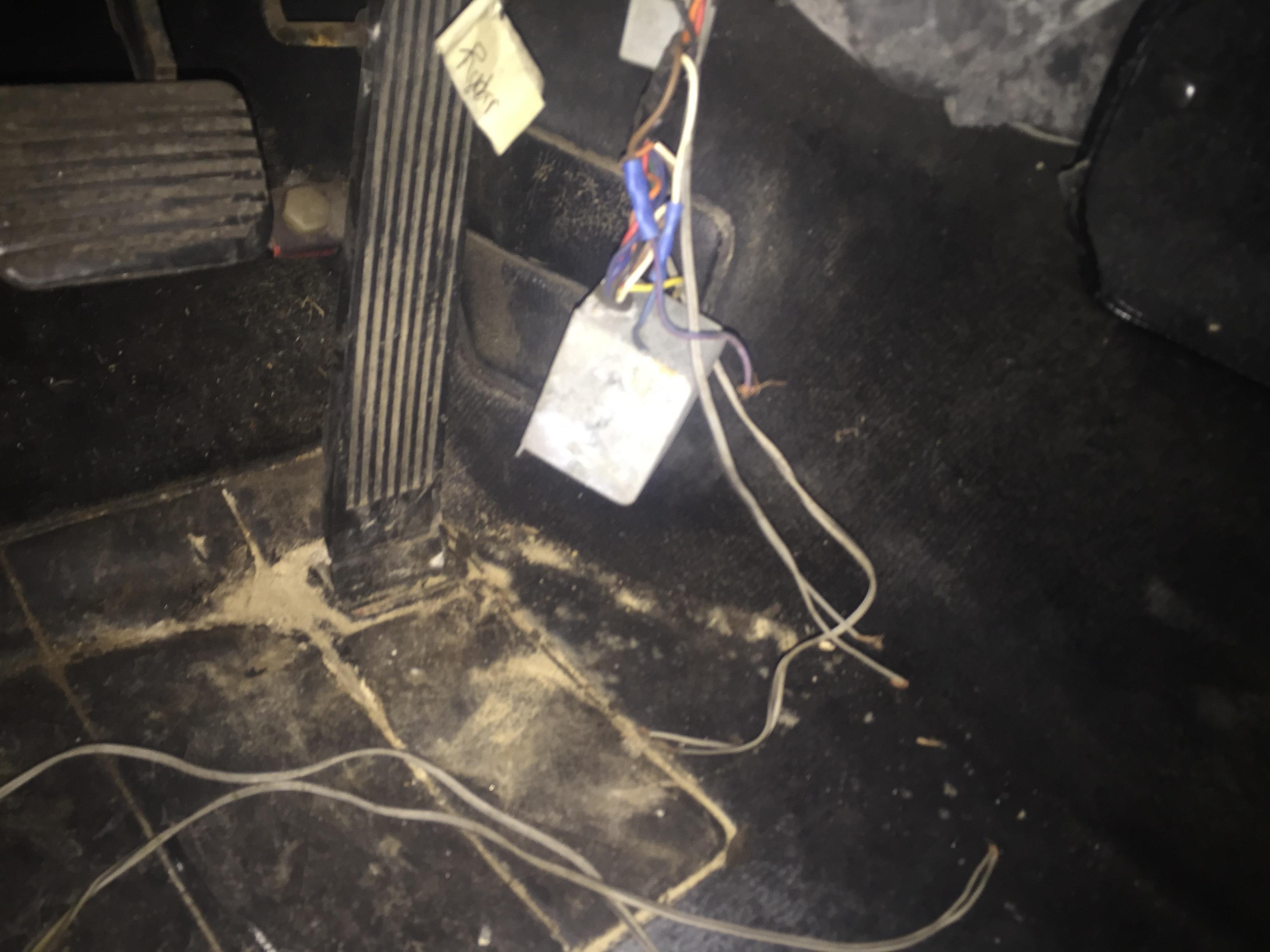 Electrical | Porsche Club of America on porsche 944 heater box, porsche cayman s fuse box, mazda 626 fuse box, porsche 356 fuse box, porsche 930 fuse box, toyota camry fuse box, vw rabbit fuse box, 71 vw bus fuse box, hyundai santa fe fuse box, porsche 944 glove box, porsche 928 fuse box, porsche 944 air box, porsche 911 fuse box, porsche 964 fuse box,